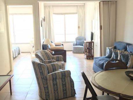 Apartamento En Edificio Santos Dumont, Peninsula