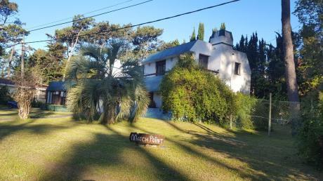Amplia Casa 5 Dormitorios En Punta Del Este