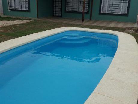 Casa Parque Del Plata Frente A La Playa - Con Piscina