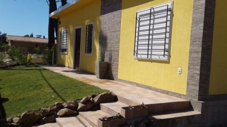 Casa En Piriapolis Cerca Del Centro, A Pocos Metros De La Playa