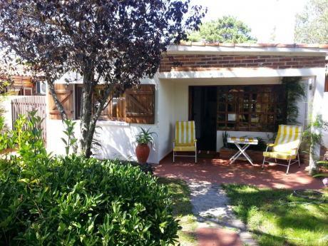 Muy Linda Casa En Alquiler -  La Paloma