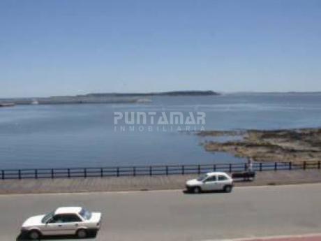 Frente Al Puerto Con Vista Espectacular