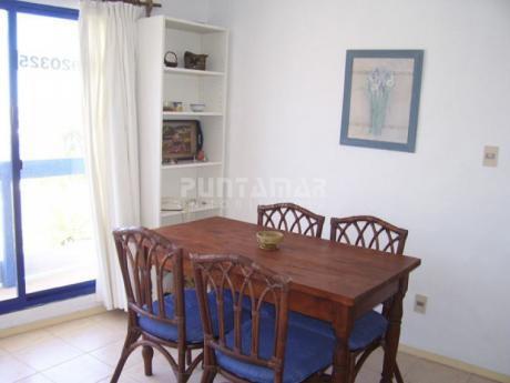 Apartamentos En La Barra