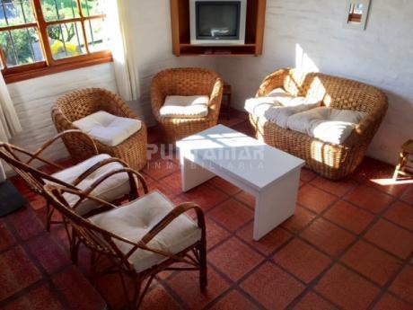 Casa De 4 Dormitorios, Confortable  Para Disfrutar Todo El Año , En Un Entorno Muy Lindo Y Cerca De La Playa