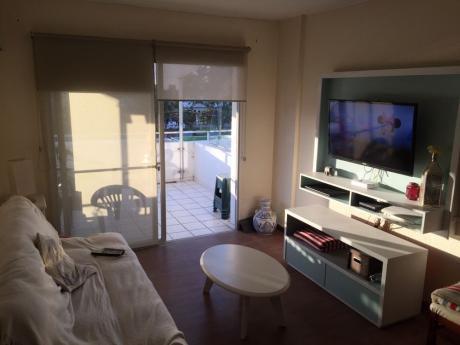 Alquiler Temporada Apartamento Punta Del Este Cerca Del Shopping - 2 Dormitorios