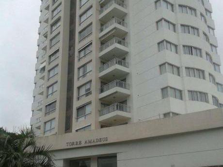 Apartamento En Punta Del Este Mansa Parada 7 - Excelente Estado Y Ubicacion