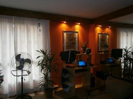 Apto Altos Del Pinar. Dos Dormitorios.living.cocinacomedor.patio C Parrillero