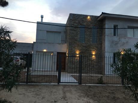 Casa A Estrenar En Punta Del Este A Una Cuadra Del Mar En La Mansa P14
