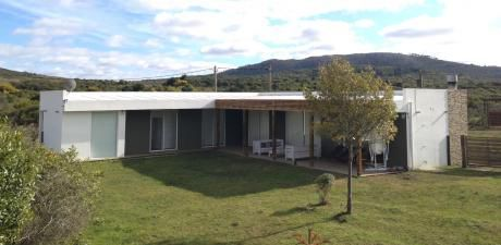 Punta Colorada Country House
