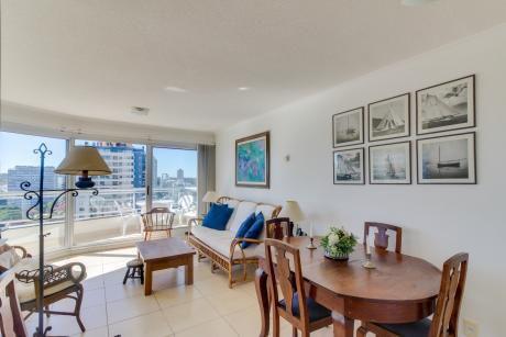 Comodo Apartamento C/ Piscina Interior Y Exterior
