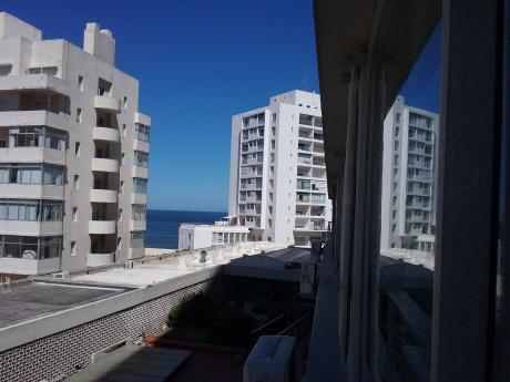 Apto En Edificio Santos Dumont