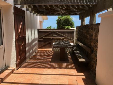Casa En La Paloma Sobre La Playa En La Balconada. Venta