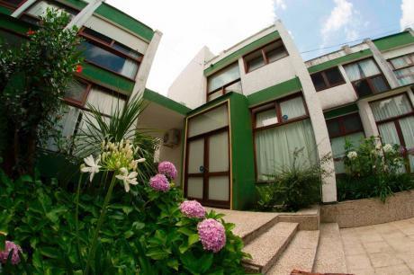Casa Con Piscina Punta Del Este (condominio) - Mansa P18