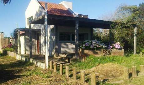 Alquilo Cómoda Casa En Punta Rubia - Consultar Por Venta De Esta Propiedad