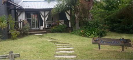 Bonita  Casa En Ocean Park A Una Cuadra De La Playa.
