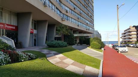 Apartamento De 1 Dormitorio Y Medio En La Mejor Zona De Punta Del Este