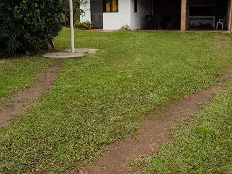Alquilo Cómoda Casa En La Coronilla