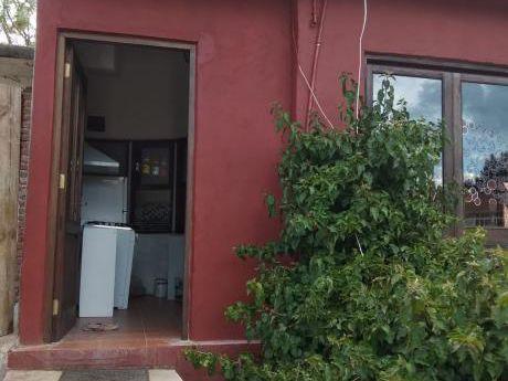 Alquilo Cómodo Mono Ambiente En Maldonado