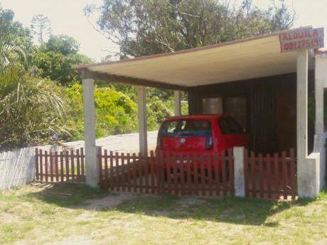 Casa A Dos Cuadras De La Playa.
