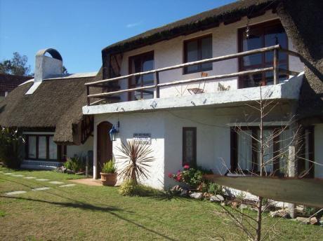 Casa En Punta Del Este, Pinares A Metros De La Playa