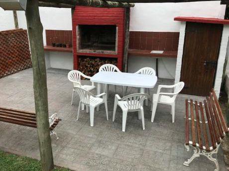 Casa En Parada 23 Playa Mansa. Al Lado Del Mar
