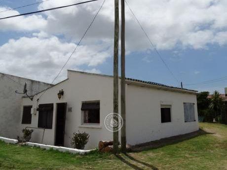 Casa A110 - Blanches