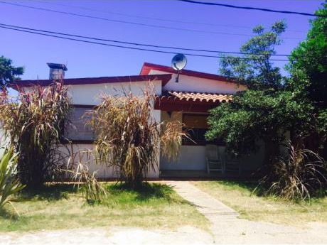 Casa Centro De La Paloma