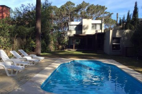 Espectacular Casa Familiar,la Barra, 2 Cuadras  Playa Montoya, Punta Del Este