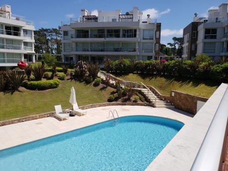 Alquilo Hermoso Apartamento En Playa Mansa
